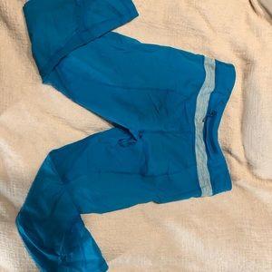 Bright blue Lululemon cropped leggings